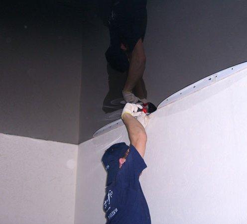 установка потолков